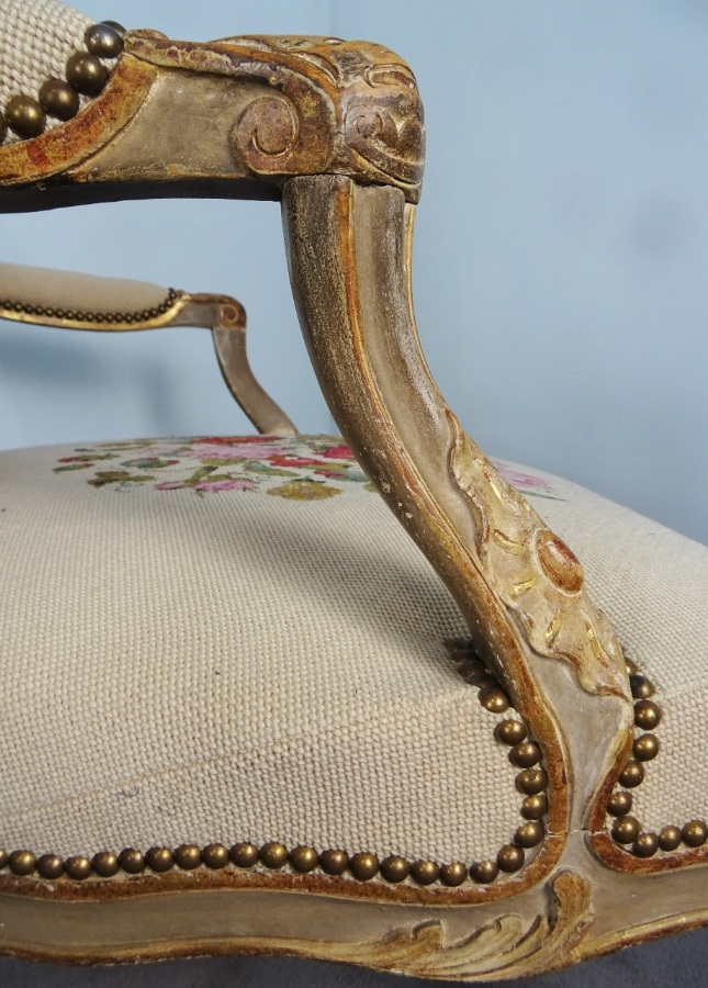 A Fine Pair Of Painted and Gilt French Armchairs (18).JPG