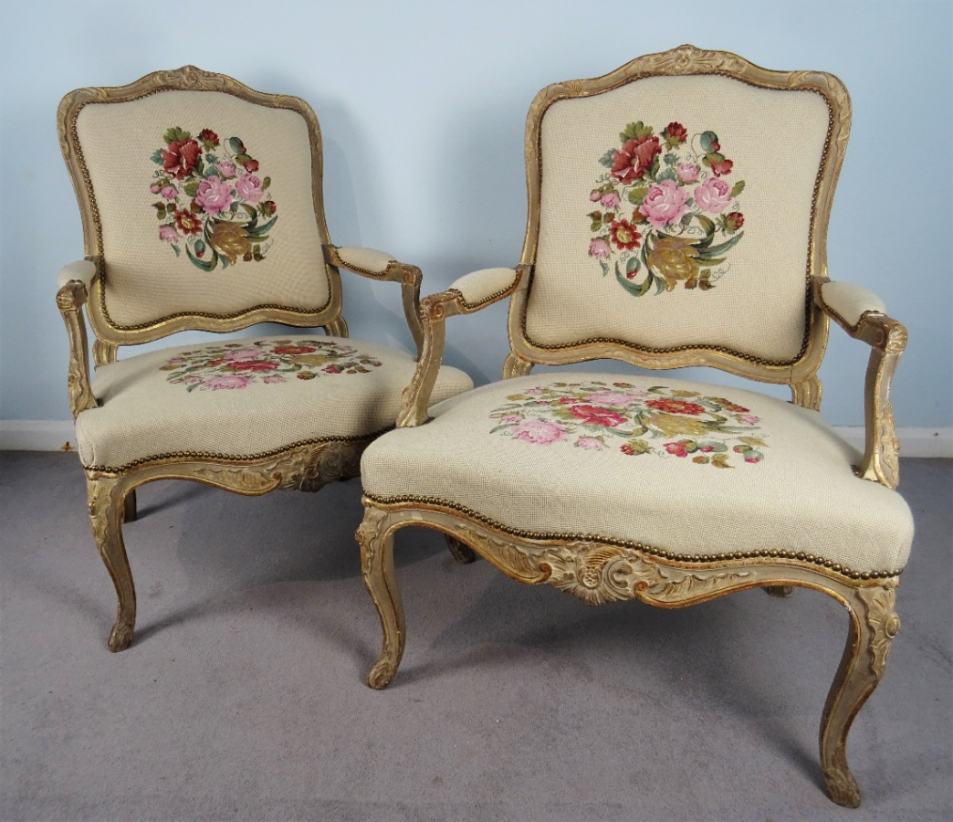 A Fine Pair Of Painted and Gilt French Armchairs (24).JPG