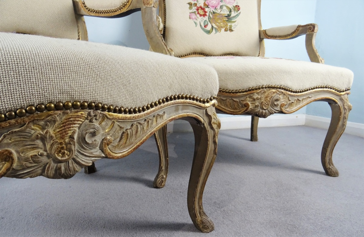 A Fine Pair Of Painted and Gilt French Armchairs (31).JPG