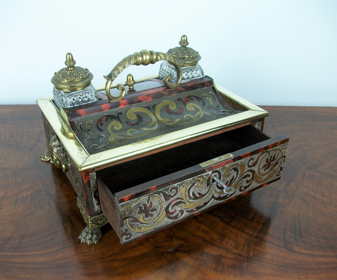 A Late Georgian-Early Regency Inkstand of the highest quality (16).JPG