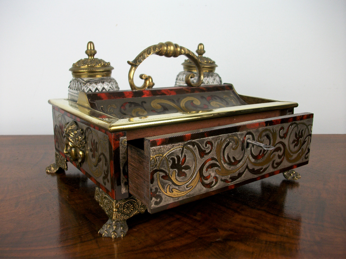 A Late Georgian-Early Regency Inkstand of the highest quality (17).JPG
