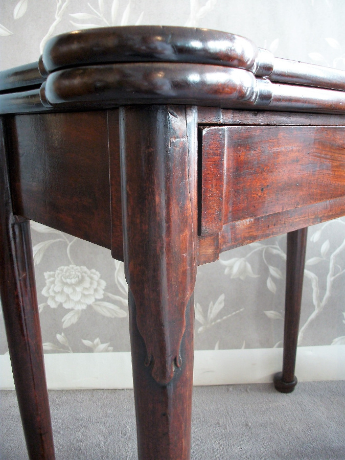 English Antique Games Table