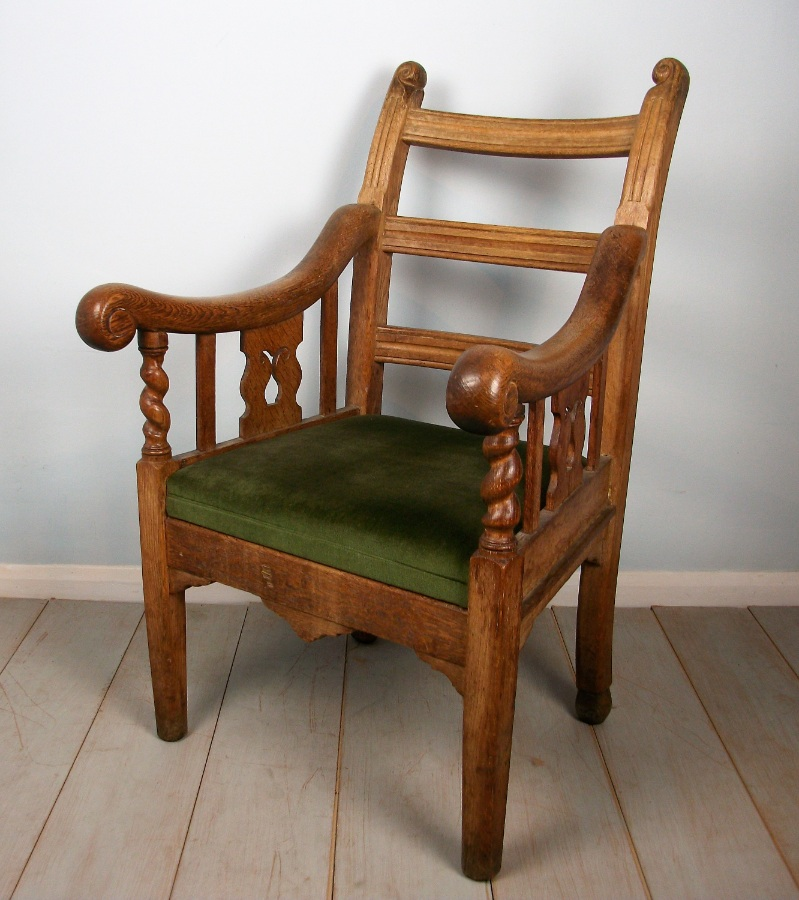 Oak Irish Open Armchair (12).JPG
