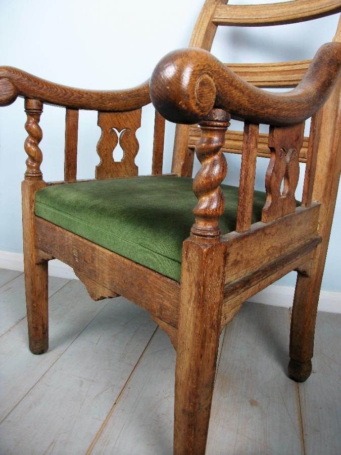 Oak Irish Open Armchair (15).JPG