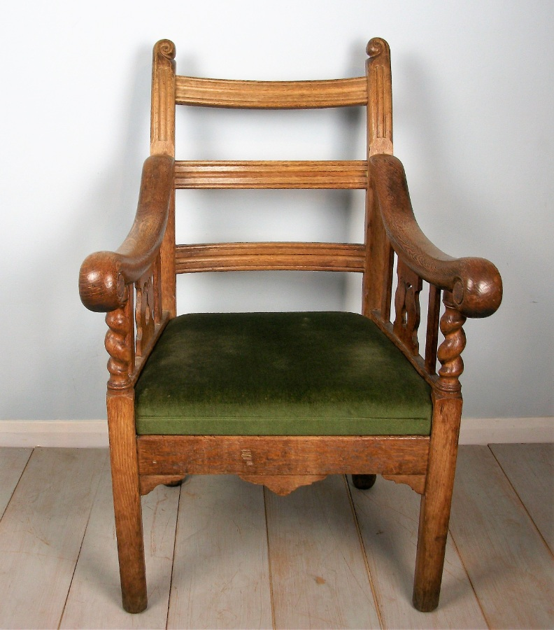 Oak Irish Open Armchair (3).JPG