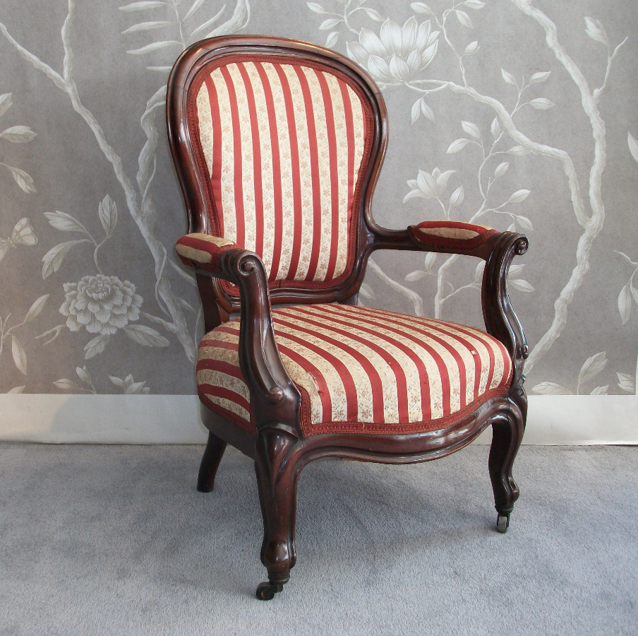 upholstered child's bergere